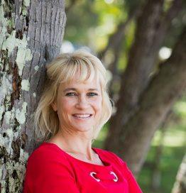 Dr Katie RIchard