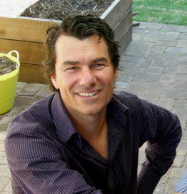 Chris Ferreira